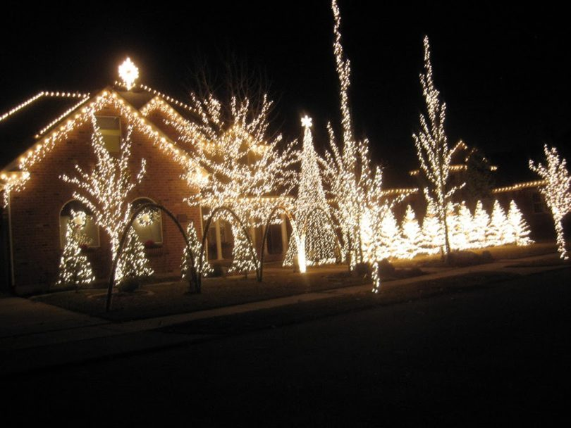 Holdman Christmas Lights - Utah's Adventure Family