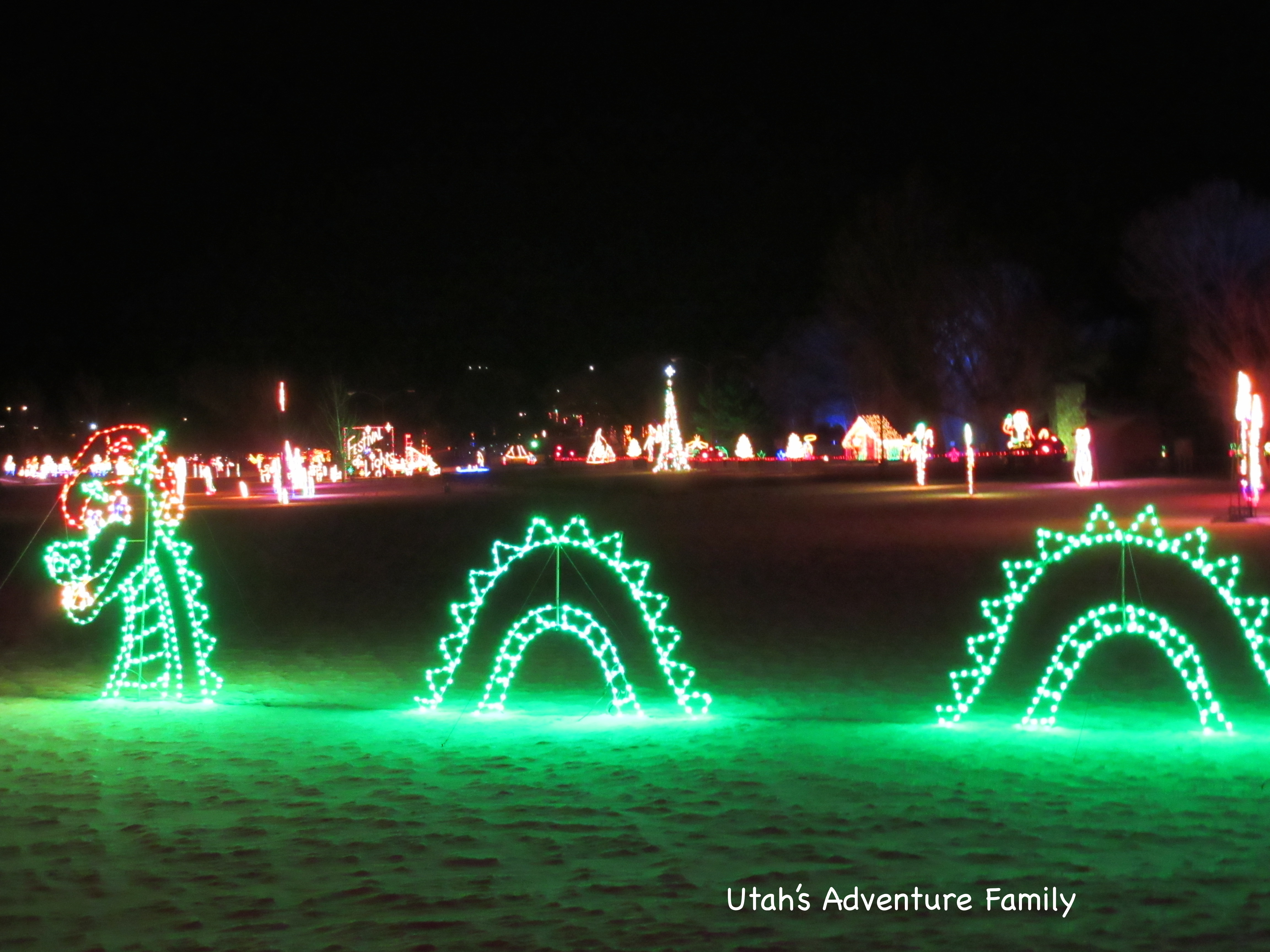 you can see that there are a ton of lights - Spanish Fork Christmas Lights