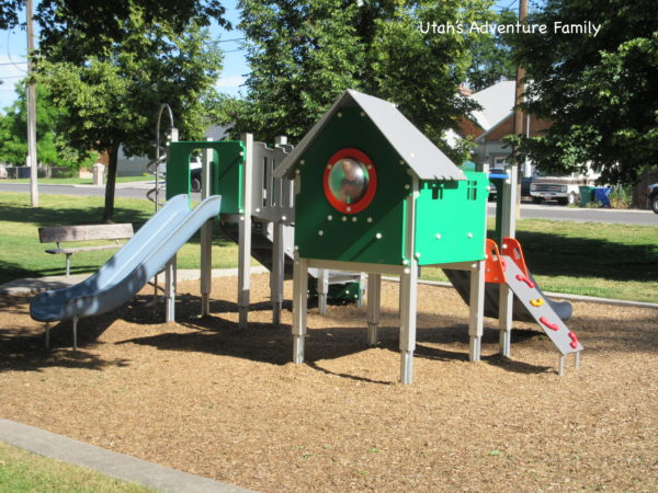 Wines Park has a toddler playground.