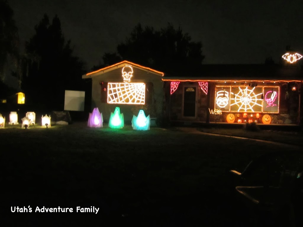webb halloween light display is no longer running the family has decided not to put their lights up anymore we are so glad they shared with utah for the