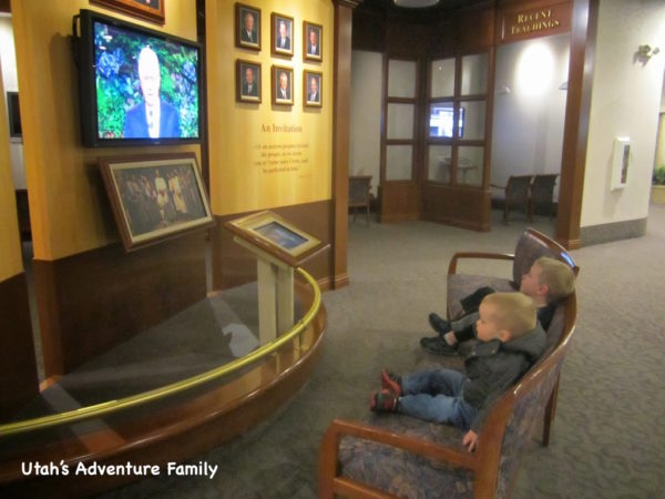 Most of the displays also have short videos to watch which helps keep the kids involved.