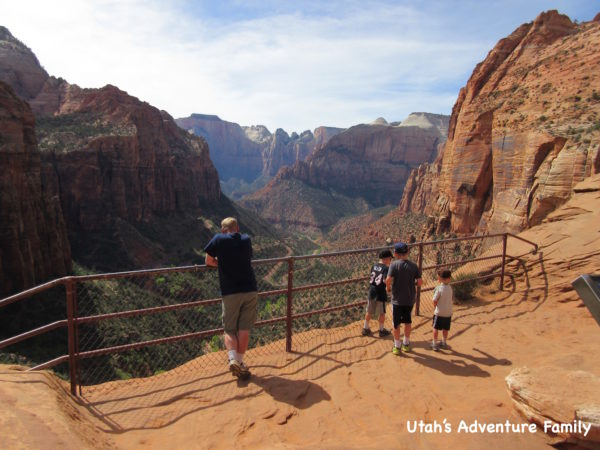 Canyon Overlook Trail: Zion Kid Hikes